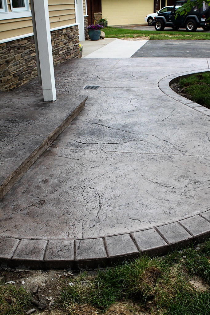 Leisman Job Seamless Stamped Concrete Patio With Hand