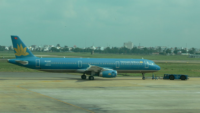 Vietnam Airlines Airbus A321-231 VN-A347 - HCMC