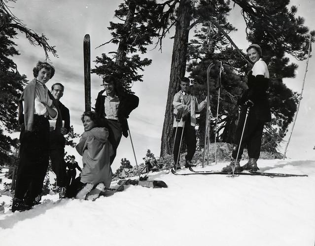 Student ski outing, Pomona College