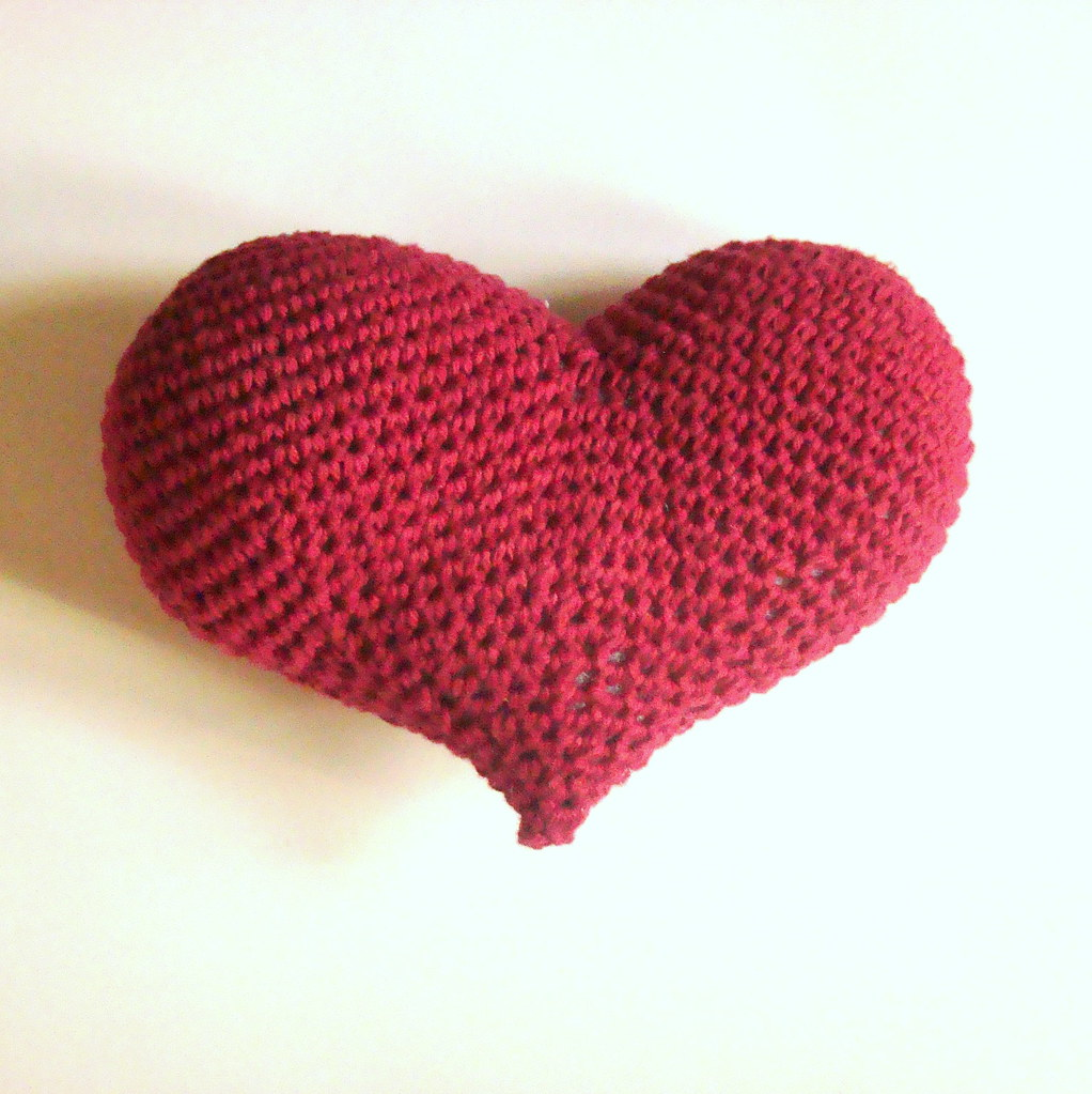 Amigurumi Heart Free Crochet Pattern | The Sun and the Turtle | 1023x1022