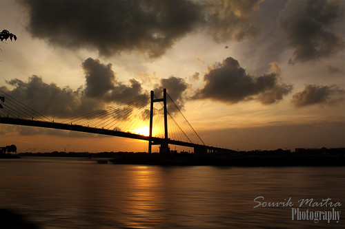 travel sunset india architecture landscape riverside motionblur kolkata ganges canon500d vidyasagarsetu anawesomeshot flickrdiamond 2ndhooghlybridge bestofmywinners