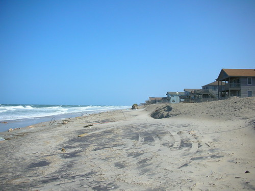 Beach Erosion at the Outer Banks of North Carolina (1) | by SoilScience.info