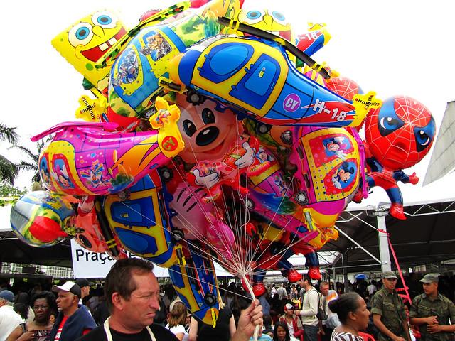 Compre balão...compre balão....