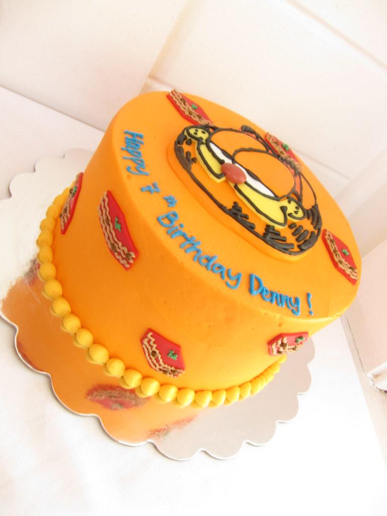 Remarkable Garfield Birthday Cake Polkadots Olga Flickr Personalised Birthday Cards Veneteletsinfo