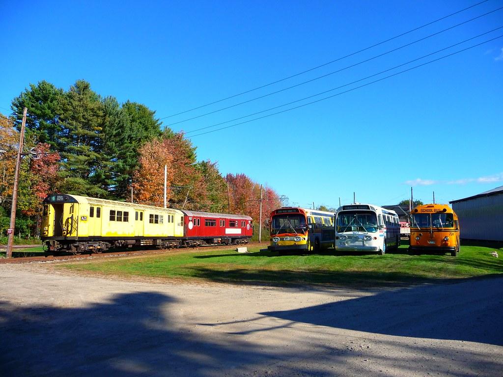 NYCTA R22 & R33 Subway Train, New Bedford, MA GM Fishbowl … | Flickr