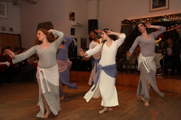 Ranya Renée and dancers perform an Andalusian Muwwashshahat – Sal Romano