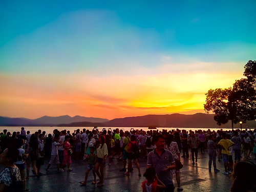 china travel light sunset lake tree beach water night ship crowd tourists westlake hangzhou mainland zhejiang kaiming
