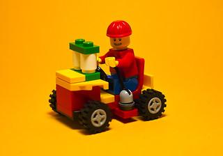 Lele做的小赛车   by slackware