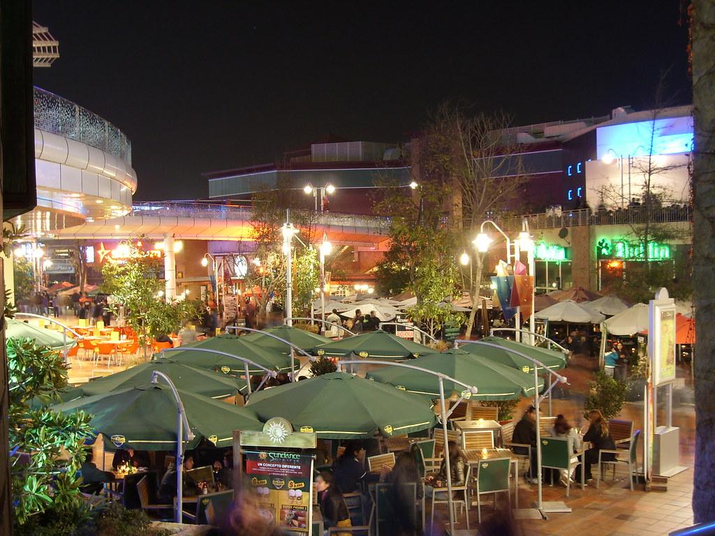Las Terrazas Mall Plaza Vespucio Un Simple Viernes Por La