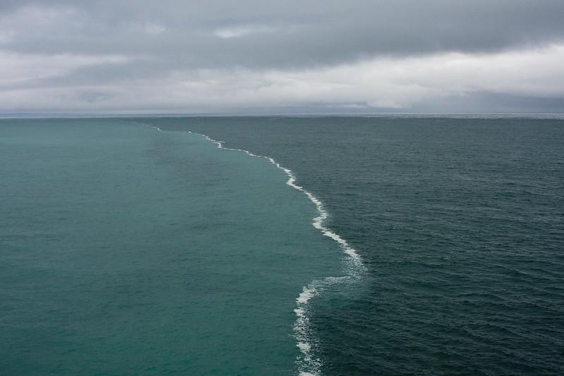 Merging Oceans - (1,110,000+ Views)