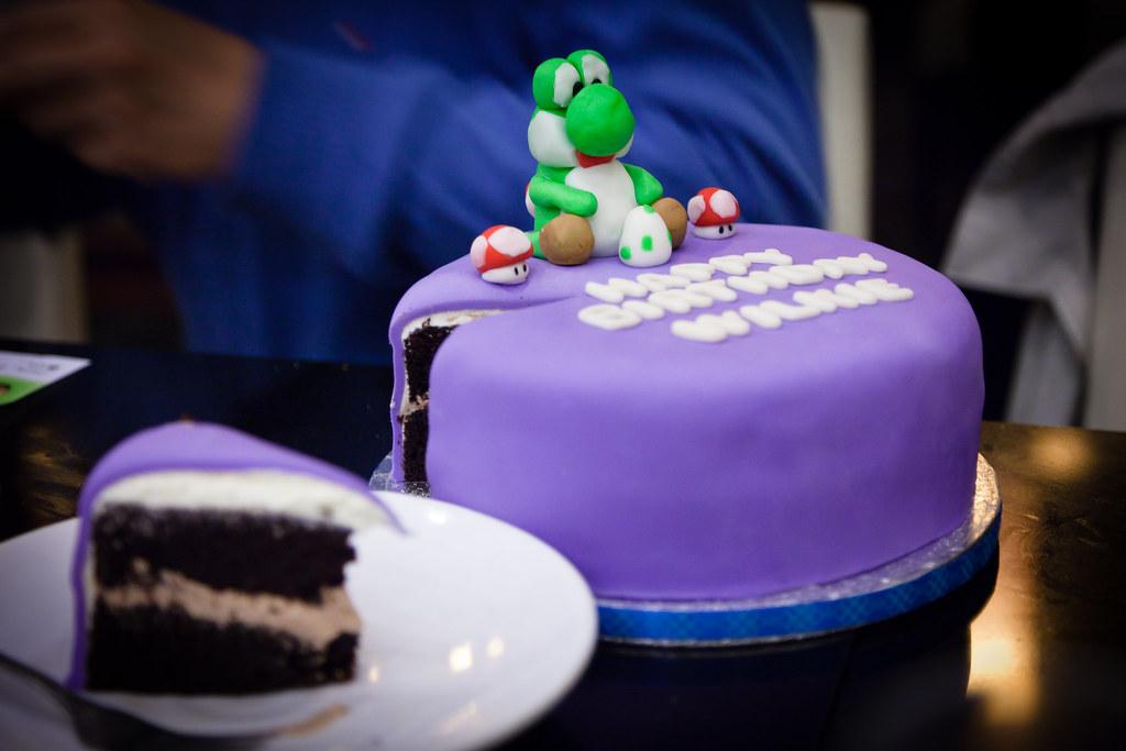 Strange Yoshi Birthday Cake Chocolate Cake With Chocolate Buttercr Funny Birthday Cards Online Necthendildamsfinfo