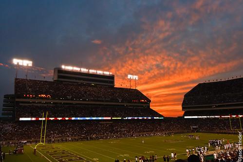 football floridainternationaluniversity fiu texasam tamu aggies kylefield goldenpanthers sunblazers