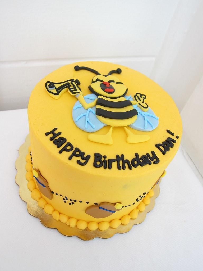 Surprising Honey Bee Birthday Cake Polkadots Olga Flickr Funny Birthday Cards Online Inifofree Goldxyz