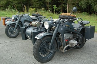 Wings-and-wheels-2010_37   by paratrooperbe