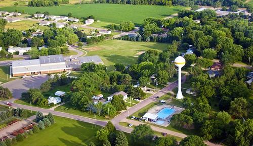 school pool southdakota rural airplane watertower aerial sd southeast runway canton elementary unioncounty alcester alcesterhudson