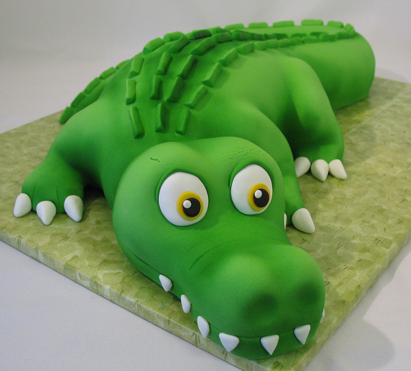 Pleasing Cams Alligator Cake Birthday Cake For My Friends Son Cam Flickr Funny Birthday Cards Online Alyptdamsfinfo