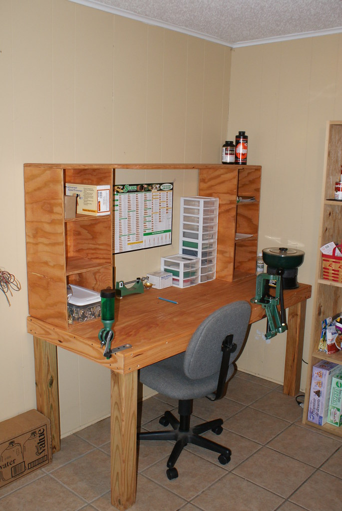 Remarkable Reloading Bench Just Built This Bench Still Have Some Stu Beatyapartments Chair Design Images Beatyapartmentscom
