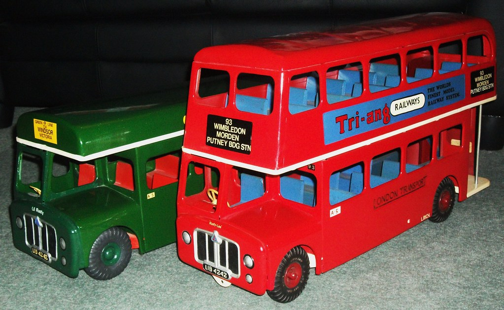 1950's Triang Toys London buses | Triang Toys London transpo… | Flickr