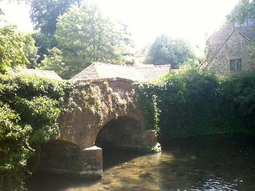 Bridge leading to Bibury Mill | by Tip Tours