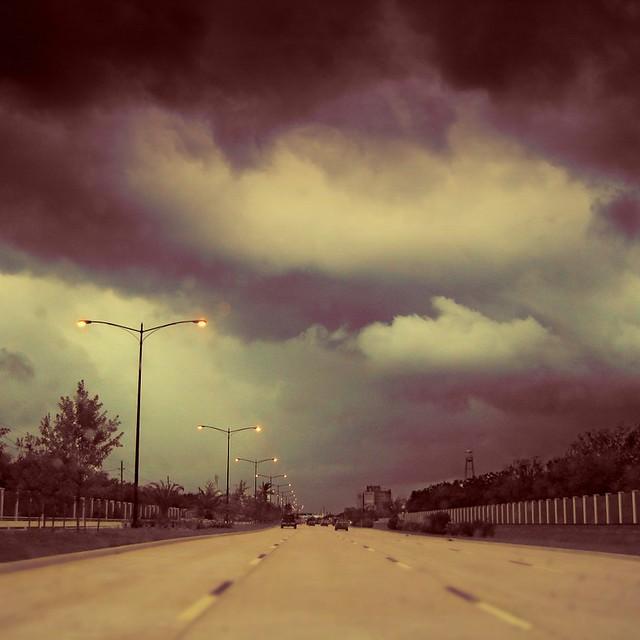 雨の直前 | Right Before the Rain