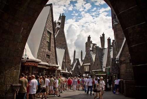 The Wizarding World of Harry Potter: Hogsmeade Village | by Scott Smith (SRisonS)