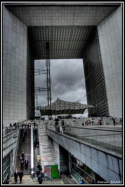 ★ Paris la défense, La Grande Arche de la Fraternité (la Grande arche) ~ Karim SAARI ©