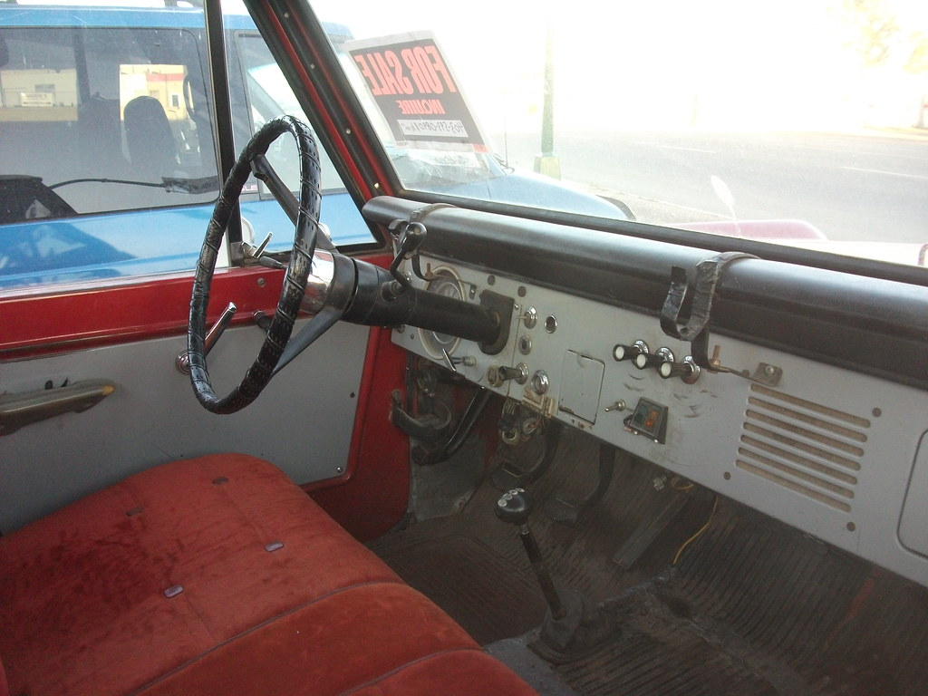 Ford Bronco interior | First generation Ford Bronco 4x4 ...