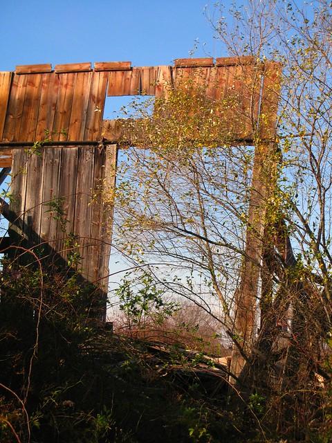 Preston Avenue barn wall remains