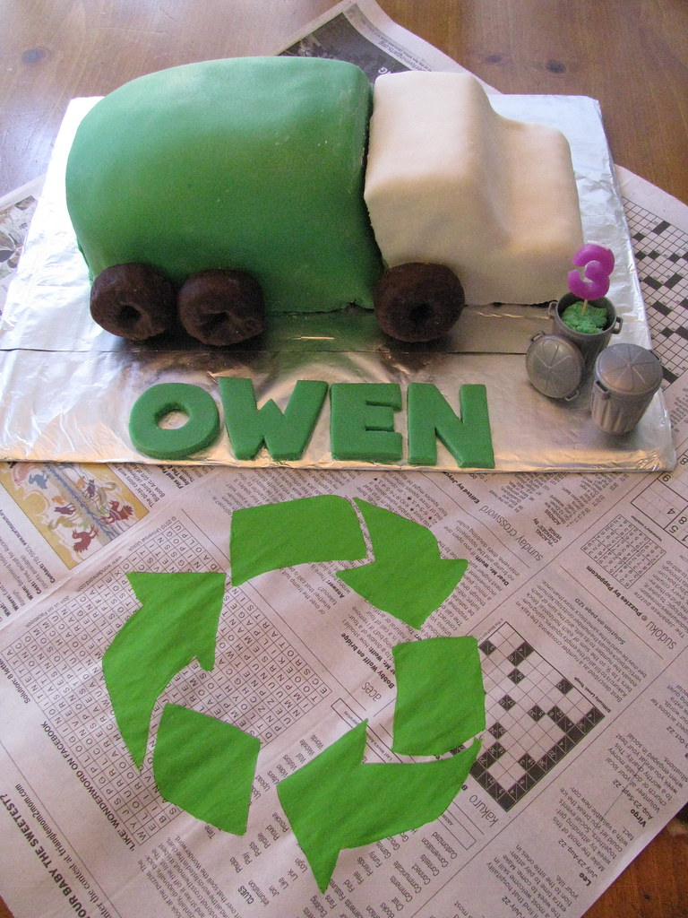 Astonishing Garbage Truck Birthday Cake My Son Requested A Garbage Tr Flickr Personalised Birthday Cards Veneteletsinfo