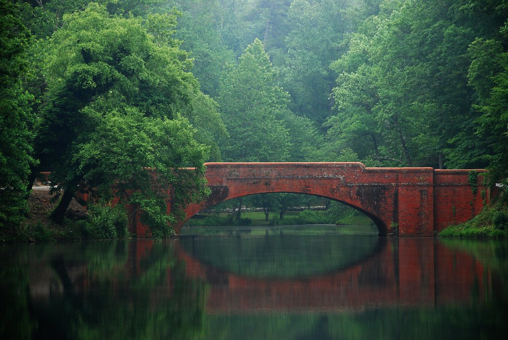 Image result for the red brick bridge in the last of the mohicans