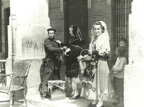 Mayoral Encinar. Ávila. Fiesta de la Flor. 1939. Colección José Luis Pajares.