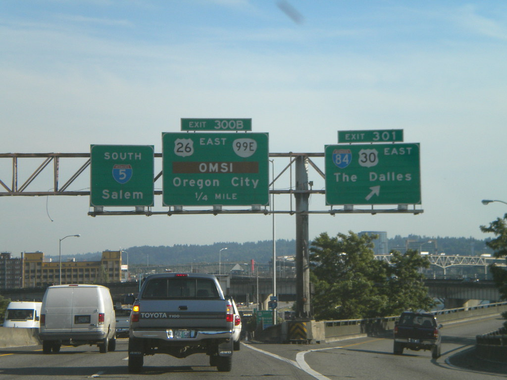 I-5 South - Exits 300B and 301 | I-5 South - Portland, OR | Flickr