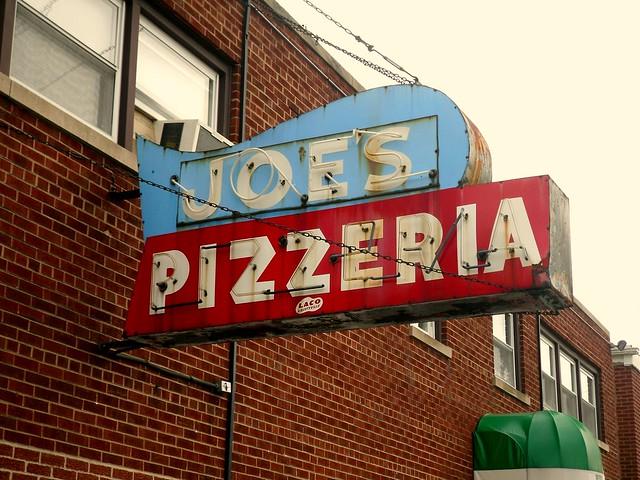 Joe's Pizza in Wheeling, Illinois