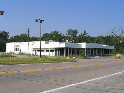 Mcdonald Ford Freeland Mi >> Abandoned Ford dealership, Northville, MI   McDonald Ford ...