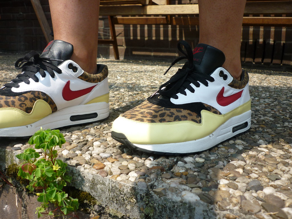 Cuarto piloto canción  Nike air max 1 yellow safari atmos | ymor80 | Flickr