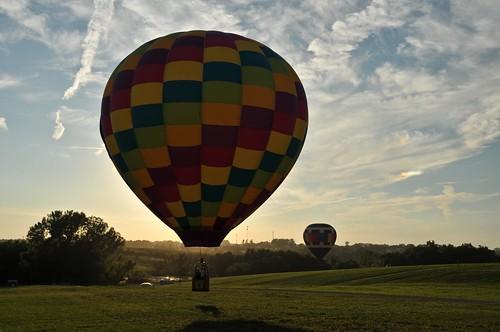 light sunset sky clouds landscape flying nikon midwest balloon flight iowa adobe hotairballoon silhoutte lightroom indianola d300 nationalballoonclassic nikonflickraward