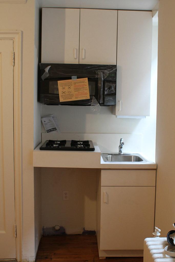 World S Smallest Kitchen In Brooklyn Frozen Emotion Flickr