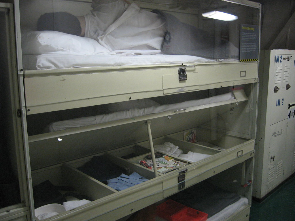 These Bunks Are Still Used On Ships How Could They Ever I Flickr