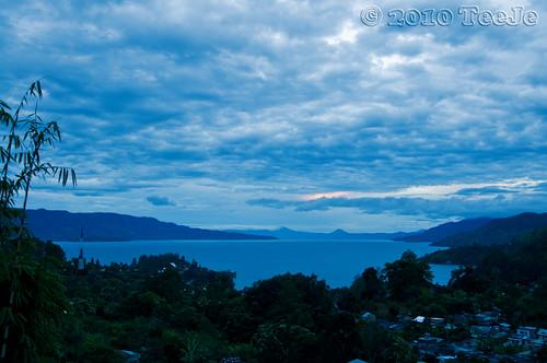lake indonesia geotagged nikkor medan toba d300 teeje northsumatera tobalake geo:lat=2656366 geo:lon=98937249