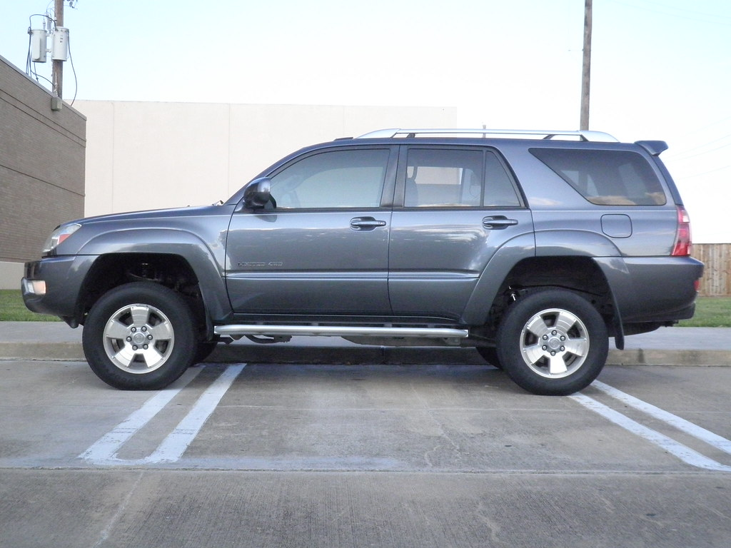 My Sister S Newly Lifted 4runner Side View With Stock Tir Flickr