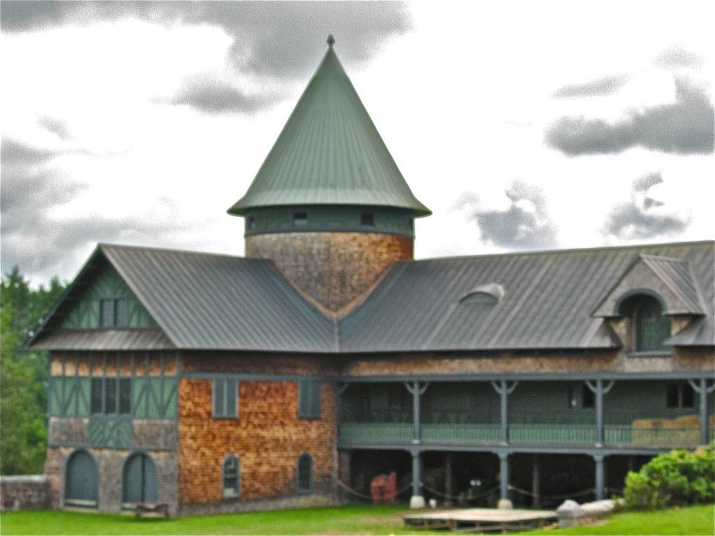Shelburne Farms (1886) - Farm Barn (1888-90)
