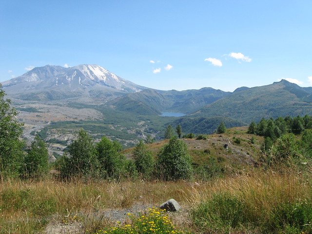 Mt St Helens and Castle Lake