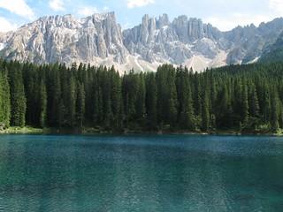 Lago di Carezza e il Latemar | by gengish