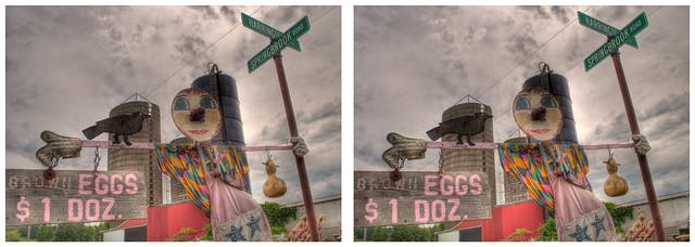Brown egg scarecrow at Springbrook Rd & Harrington Hill [3D]