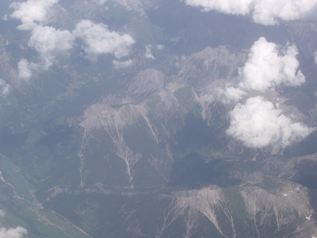 Flight to Northern Italy - Birmingham to Verona - The Alps ...