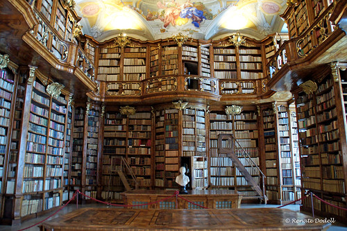 Bibliothek in St. Florian | by Renate Dodell