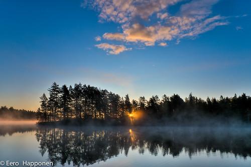 autumn lake fog clouds sunrise espoo finland 2009 saarijärvi nuuksionationalpark nikond300 afsnikkor1685mm13556ged eerohapponen