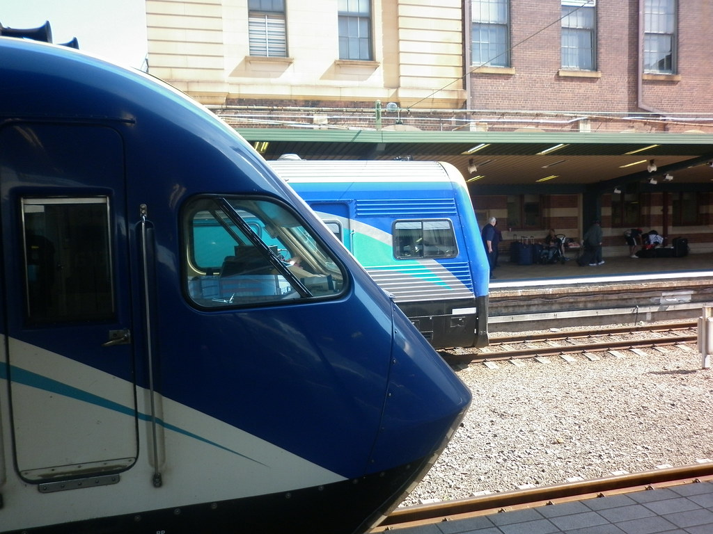 XPT and Xplorer at Central by theflyingoreo