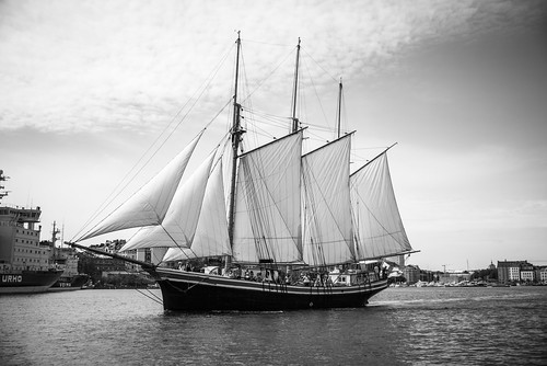 view cruise 2017 nikon d800 sailing sunny ship summer old halkolaituri helsinki katajanokka sea uusimaa finland