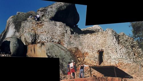 Zimbabwe rock art hol0125_stitch Top of Hill Complex, Great Zimbabwe 1997 | by dajavous
